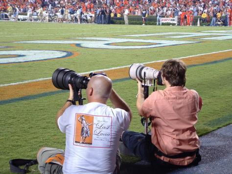 cameraman-cameramen-football-1556888-640x480-1